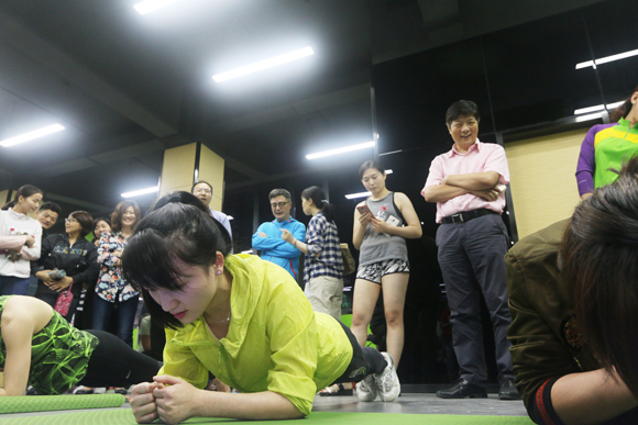 """响应""""健康2030""""号召     我院举行首届教职工健身比赛"""